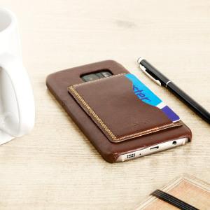 Diseñada específicamente para el Samsung Galaxy S7, esta funda Olixar estilo cuero proporciona protección al mismo tiempo que utilidad gracias a sus ranuras para almacenar tarjetas y/o documentos.
