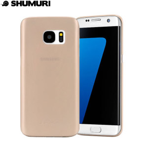 Protect your Samsung Galaxy S7 Edge with this thin and lightweight case from Shumuri. The Slim Case in gold is only 0.35mm thick, giving the impression as if it was not there.