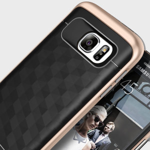 Protect your Samsung Galaxy S7 with this stunning premium dual-layered shell case in black and gold. Made with tough dual-layered yet slim material, this hardshell body with a sleek metallic bumper features an attractive two-tone finish.