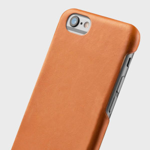 This executive-style leather case from Mujjo in tan oozes quality and sophistication. Made from genuine full-grain leather and featuring Moulded Edge technology to reduce damage from friction, this case is the perfect accessory for your iPhone 6S / 6.