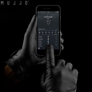 The Mujjo Genuine Leather Touchscreen Gloves in size 8.5 allow you to operate your touchscreen device while wearing gloves, so you have full use of your smartphone or tablet outside while your hands remain nice and warm. Wrap up in winter or cold climates