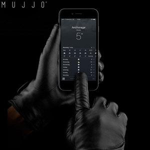 Die Mujjo Echtleder Touchscreen Handschue ermöglichen die Steuerung von Touchscreens, ohne die Handschuhe ausziehen zu müssen.