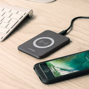 Wirelessly charge your Qi compatible smartphone or tablet with the aircharge Slimline Qi Wireless Charging Pad in black with UK plug. Extremely discrete and portable, the Slimline enables you to easily charge wirelessly in any environment.