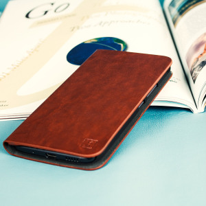 The Olixar leather-style HTC 10 Wallet Case in brown provides enclosed protection and can also be used to hold your credit cards. The case also transforms into a viewing stand for added convenience.