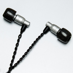 ADVANCED SOUND M4 In-Ear Earphones with In-line Remote / Mic