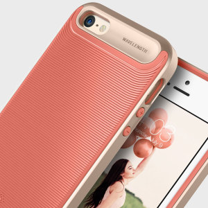 Made from rugged TPU and tough polycarbonate and featuring a stunning waved grip design, the Wavelength Series tough case in salmon pink and gold keeps your iPhone SE safe, slim and stylish.