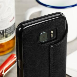 Traitez votre Galaxy S7 comme la quintessence de l'art. Fabriquée à partir d'un cuir véritable, cette coque donnera un style très sophistiqué et encore plus haut de gamme à votre Galaxy S7.