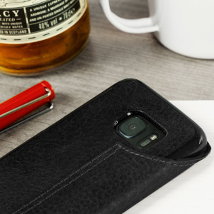 Treat your Samsung Galaxy S7 Edge to exquisite handmade craftsmanship and the highest quality materials. Featuring genuine full grain Argentinian leather in a book-flip style, the Vaja Agenda premium leather case in black is something truly special.