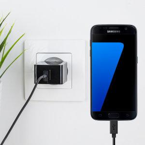 Cargue su Samsung Galaxy S7 o cualquier otro dispositivo mediante conexión USB de manera rápida y eficaz. Este cargador de red Olixar tiene una salida de 2.4A para una carga rápida e incluye un cable Micro USB.