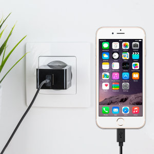 Charge your iPhone and any other USB device quickly and conveniently with this compatible 2.4A high power Lightning EU charging kit. Featuring an EU wall adapter and Lightning cable.