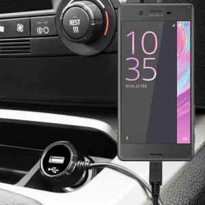 Mantenga su Sony Xperia X cargado mientras permanezca en su vehículo gracias a este cargador de coche Olixar de carga rápida a 2.4A. Con cable de diseño de espiral, ideal para tener el cable siempre recogido. ¡Además incluye un puerto USB para cargar un dispositivo extra!