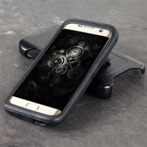 Fabricada con tres capas, incluso protege la pantalla del dispositivo, la funda Otterbox Defender para el Samsung Galaxy S7 Edge ofrece una protección sin igual.