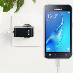 Cargue su Samsung Galaxy J1 2016 u otros dispositivos USB de manera rápida y eficiente gracias a este cargador Olixar compatible con la carga rápida hasta 2.4A. Se incluye también un cable con conexión Micro USB.