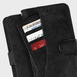 Easy to hold thanks to the soft, felt fabric and complete with a media stand, the Zizo Slide Out felt pouch in black allows you to effortlessly store both your phone and wallet items in one secure and stylish package.