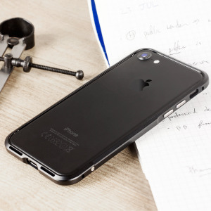 Protect your iPhone 7 with this unique black aluminium bumper. The bumper protects the outer edges while providing some front and back protection and looking fabulous while doing so.