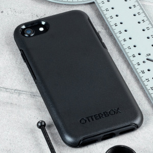 The dual-material construction makes the Symmetry case for the iPhone 8 / 7 in black is one of the slimmest yet most protective cases in its class. The Symmetry series has the style you desire with the protection your phone needs.