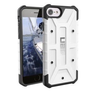 The Urban Armour Gear Pathfinder white / black rugged case for the iPhone 8 / 7 features a classic tough-looking, composite design with a soft impact-absorbing core and hard exterior that provides superb protection in all situations.