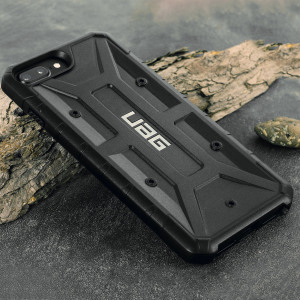The Urban Armour Gear Pathfinder black rugged case for the iPhone 8 Plus / 7 Plus features a classic tough-looking, composite design with a soft impact-absorbing core and hard exterior that provides superb protection in all situations.