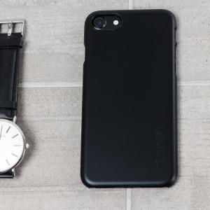 Duradera y muy ligera, la funda Spigen Thin Fit para el iPhone 7 ofrece una protección premium en un formato delgado y con estilo.