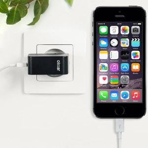 Chargez votre iPhone 5S et tout autre appareil USB rapidement et en toute simplicité grâce à ce chargeur secteur 2.4A haute puissance compatible Lightning. Ce chargeur secteur EU est également fourni avec un câble Lightning.