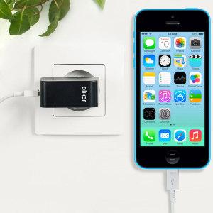 Chargez votre iPhone 5C et tout autre appareil USB rapidement et en toute simplicité grâce à ce chargeur secteur 2.4A haute puissance compatible Lightning. Ce chargeur secteur EU est également fourni avec un câble Lightning.