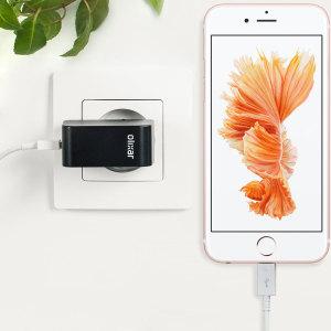 Chargez votre iPhone 6S et tout autre appareil USB rapidement et en toute simplicité grâce à ce chargeur secteur 2.4A haute puissance compatible Lightning. Ce chargeur secteur EU est également fourni avec un câble Lightning.