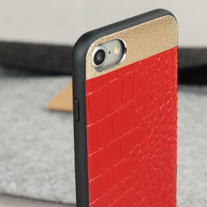 This crocodile inspired genuine leather case in red, adds a touch of sophistication to your iPhone 7, while also providing great protection.
