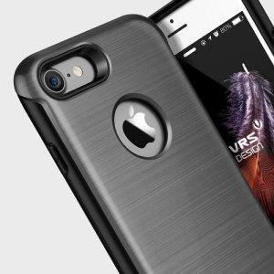 Bescherm je iPhone 7 met deze nauwkeurig ontworpen donker zilverkleurige case van VRS Design gemaakt van sterk maar slank materiaal. De harde schaal constructie met schok absorberende kern volgt de rondingen van je telefoon perfect.