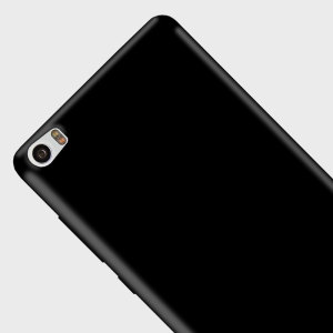 Custom moulded for the Xiaomi Mi Note 2, this black Olixar FlexiShield case provides slim fitting and durable protection against damage.
