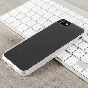 Ultra slim protection for your iPhone 7 with the clear Case-Mate Naked Tough case. Featuring dual layers and a minimal look, this case is built to U.S. Military standards to withstand sudden drops and accidental falls.
