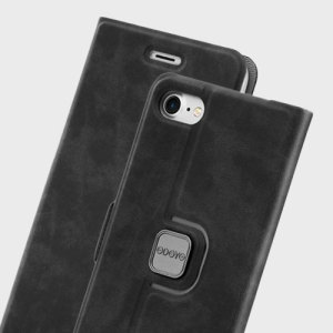 The Spin Folio case for iPhone 7 in sesame black from Odoyo adds a classic, refined look to your device, while also featuring a rotating pivot which allows you to stand your phone in both portrait and landscape orientations whilst in the case.