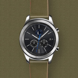 Treat your brand new Gear S3 smartwatch with the ultra-high quality Leather Classic strap in khaki. Comfortable, durable and stylish, this strap is the perfect way to personalise your Gear S3. Size M.