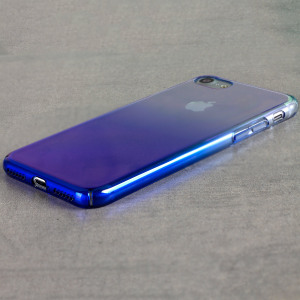 The Olixar Iridescent Fade case in stunning Blue Dream is designed to provide an artistic stylish complement to your iPhone 7. Featuring robust polycarbonate construction, anti-scratch coating and faded electroplated iridescent paint.