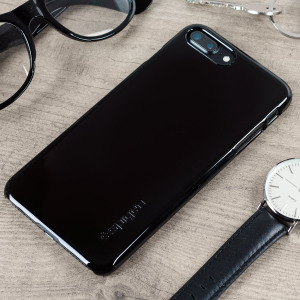 Durable and lightweight, the Spigen Thin Fit series for the Apple iPhone 7 Plus offers premium protection in a slim, stylish package. Carefully designed, the Thin Fit case in jet black is form-fitted for a perfect fit.