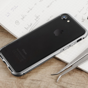 Protect your iPhone 7 with this unique grey aluminium bumper. The bumper protects the outer edges while providing some front and back protection and looking fabulous while doing so.