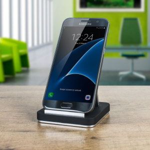 Keep your device in plain sight at all times with this sturdy universal desk stand for smartphones and tablets. Features an adjustable design for multiple angles and orientations. The Olixar Vista is truly an executive quality desk stand.
