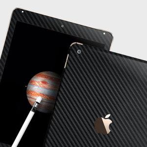 Mejore la apariencia suave y elegante de su iPad Pro 12.9 2015 con esta funda skin texturizada en 3D como si fuera fibra de carbono de Easyskinz. Fabricado con los mejores materiales del mundo y con corte tangencial de precisión para un ajuste perfecto.