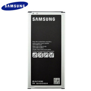 Official Samsung EB-BJ710CBE replacement battery for your Samsung Galaxy J7 2016. You'll never run out of power again! Perfect to replace your old battery or as a spare just in case, this battery is sure to keep your J7 going for longer.