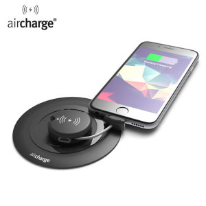 Ultra-portable, sleek and convenient, this keyring-size wireless charging receiver in black from Aircharge allows you to wirelessly recharge your Micro USB or Lightning smartphone or tablet wherever you may be.