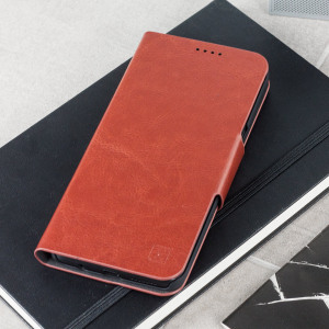 Protect your Samsung Galaxy S8 Plus with this durable and stylish brown leather-style wallet case by Olixar. What's more, this case transforms into a handy stand to view media.