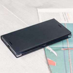 Cette superbe housse officielle Sony Xperia XZ Premium à rabat a été conçue afin de vous offrir une protection de haute qualité en coloris noir. Celle-ci vous laisse un accès libre et total au port de charge ainsi qu'à toutes les fonctionnalités de votre smartphone une fois équipée. Très pratique et fonctionnelle, elle intègre un support de visualisation vous permettant de voir vos films et autres contenus dans un angle de visionnage idéal.