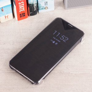 This Official LG G6 Quick Cover in black is the perfect way to keep your LG G6 smartphone protected whilst keeping yourself updated with your notifications thanks to the clear front cover.