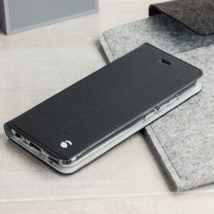 The Malmo Folio Cover from Krusell in black is beautifully crafted in a textured material with a slim look which offers fantastic all round protection for the Huawei P10. This is a classic option for work or the weekend.