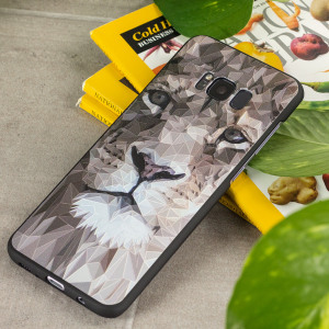 Embolden your Samsung Galaxy S8 while also adding protection from knocks and drops with this striking lion motif gel case. This bold, beautiful cover augments the already excellent design of the Galaxy S8 and makes your device something to behold.