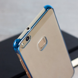 This official Huawei protective case in blue offers excellent protection while maintaining your device's sleek, elegant lines. Reinforced corners provide extra shock absorption.