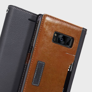The K3 Wallet Case in dark brown and grey for the Samsung Galaxy S8 comes complete with card slots, a large document pocket and is made with luxurious leather-style materials for a classic, prestige and professional look.
