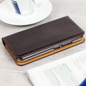 A premium slimline brown genuine leather case. The Olixar genuine leather executive wallet case offers perfect protection for your Motorola Moto G5, as well as featuring a smart magnetic media stand and slots for your cards, cash and documents.