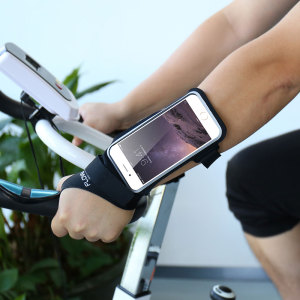 "Carry your smartphone securely while you're exercising using the Floveme Armband for 5.5"" smartphones. This comfortable armband is adjustable and made out of a lightweight and breathable material."