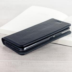 Profitez d'une protection élégante, légère et idéale pour votre HTC U11 à l'aide de cette superbe housse Olixar Portefeuille en cuir véritable noir. Une fois équipée, cette housse offre à votre HTC U11 une protection parfaite et polyvalente au quotidien. Elle dispose d'emplacements dédiés au rangement de vos cartes et peut se transformer en un bref instant en support bureau. Vous pourrez également y ranger vos billets ainsi que vos documents les plus importants.