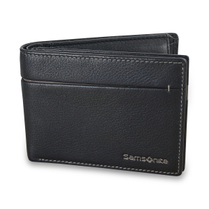 This suave, richly textured wallet from Samsonite is made from high-quality genuine Vero leather. With card slots and space for all your cash, as well as RFID protection to stop wireless card fraud, this is a classic option for any situation.
